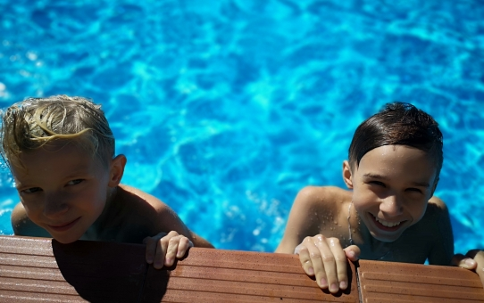 Lekcja Wychowania Fizycznego na szkolnym basenie!!!