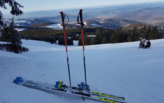 Zima nie odpuszcza w górach - znamy już termin zawodów o Puchar Wójta Gminy Łodygowice w narciarstwie alpejskim i snowboardzie